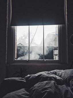 bedroom-1082262__340