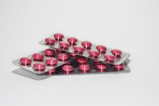 medications-342438__340
