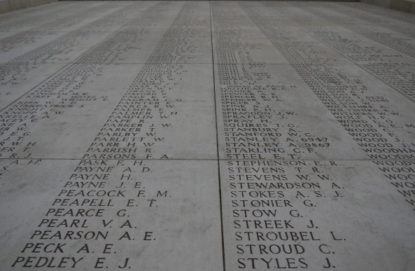 memorial-plaque-1021415_1920